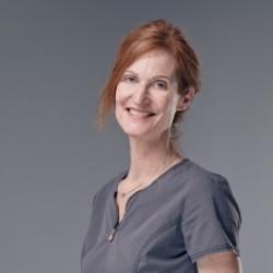 Dr Véronique Laude