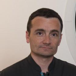 Dr. Stéphane Delcambre