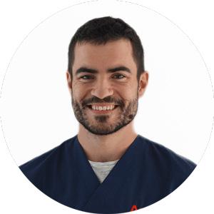 Dr. Alberto Usoz