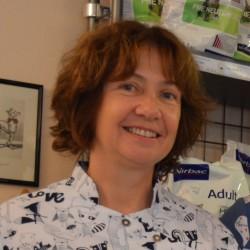 Dr Emmanuelle Parez
