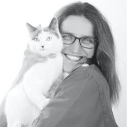 Dr Elise Schuft