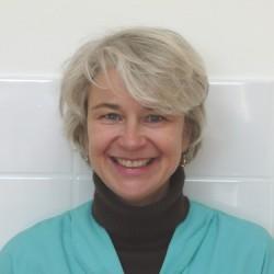 Dr. Linda Van Leeuwen