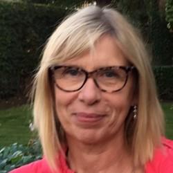 Dr Joelle Finez-Leteneur