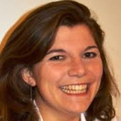Dr Lydia Schlesser