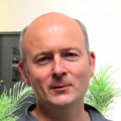 Dr. Laurent Saffroy